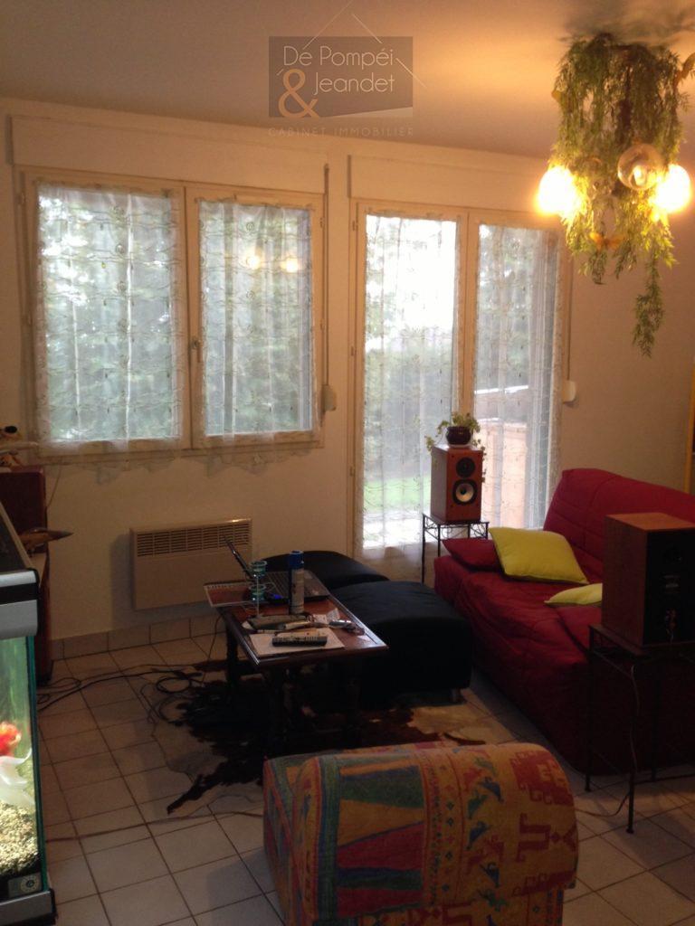 Appartement Classique – 01630 PERON – 49.4 m²