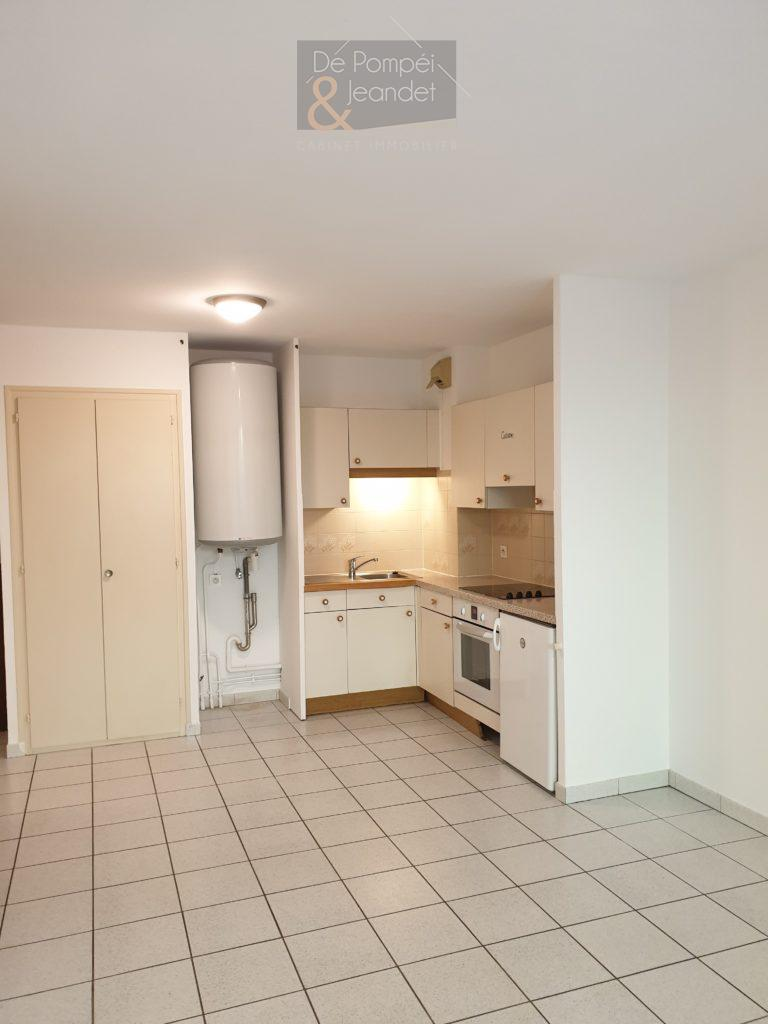 Appartement Type 2 – 01170 CROZET – 36.42 m²