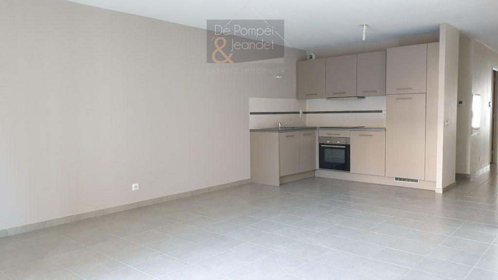Appartement Type 3 – 74160 Saint-Julien-en-Genevois – 67.50 m² – 1260.20 €